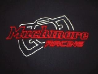 マッチモアレーシングの刺繍